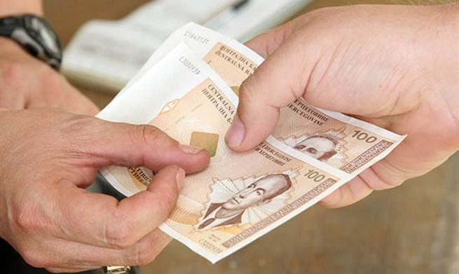 Tko ima najvišu, a tko najnižu plaću u BiH?
