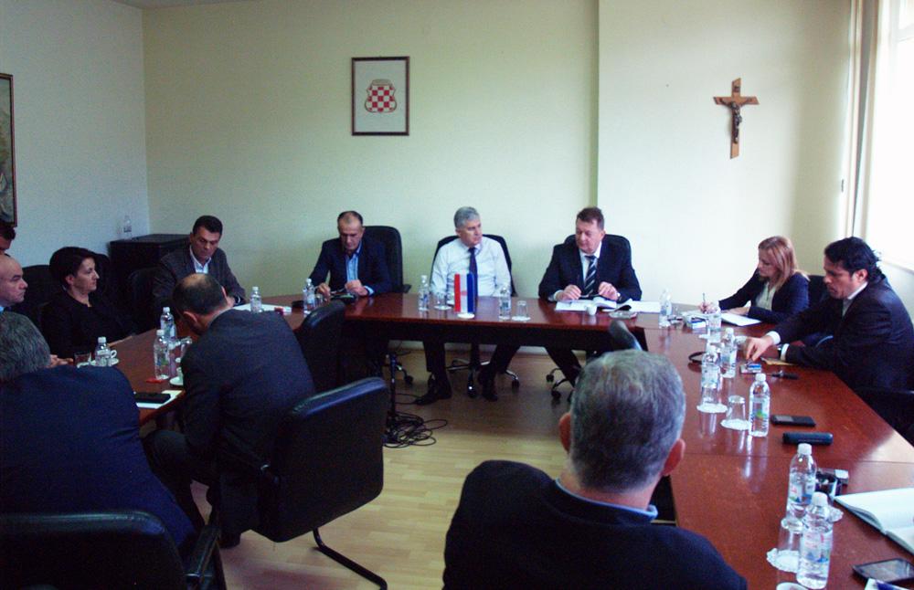 Čović održao sastanak s dužnosnicima Vlade ŽZH