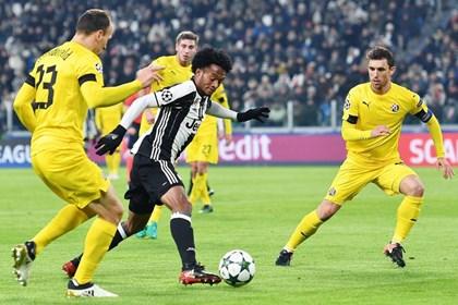 Dinamo se porazom oprostio Lige prvaka, Borussia remijem u Madridu došla do prvog mjesta
