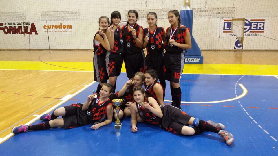 Košarkašicama Imotskog prvo mjesto na božićnom turniru u Posušju