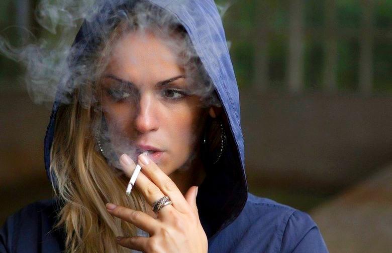Kupujući duhan, kutiju cigareta plate 50 feninga umjesto nekoliko maraka