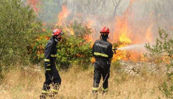 U Posušju tri požara zbog paljenja strnine