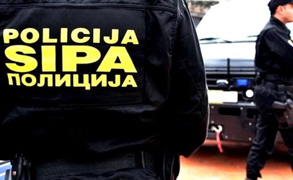 PRIVEDENO PET OSOBA: SIPA opet udarila na duvanžije u Širokom Brijegu i Grudama!