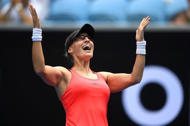 FANTASTIČNA MIKICA: Ozlijeđena veteranka pomela mladu senzaciju za četvrtfinale Australian Opena!