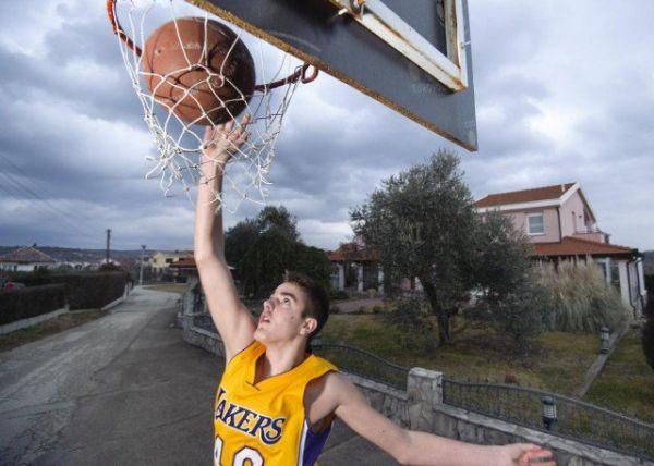Novo čudo u Hercegovini: Mladi Hercegovci o kojima govori košarkaški svijet iz ničega izrasli u tri NBA zvijezde