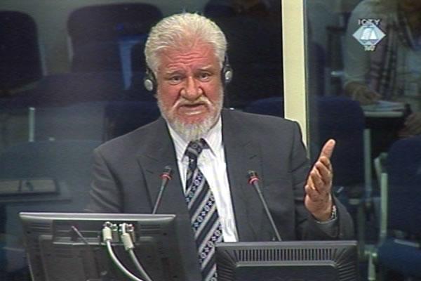 Praljak: Armija BiH se nije mogla suprotstaviti Srbima, potom napali Hrvate da nadoknade izgubljeni teritorij