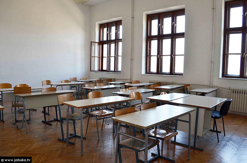 PROFESORI OPET U ŠTRAJKU: Štrajk upozorenja treći školski sat