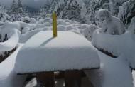 DAŠAK ZIME U PROLJEĆE: Na Blidinju osvanulo 30 cm snijega