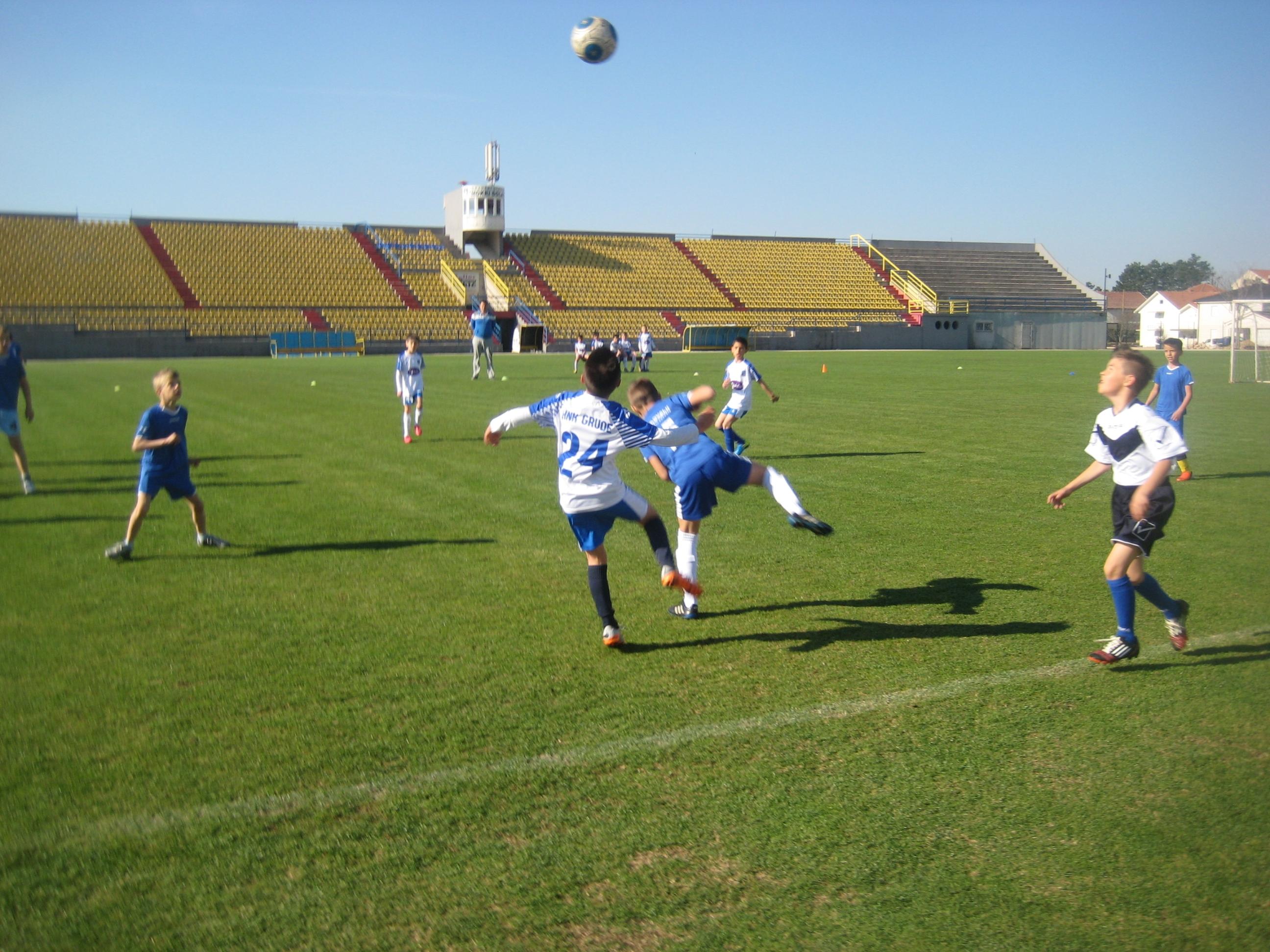 MOKRI DOLAC – Nogomet najmlađih kategorija