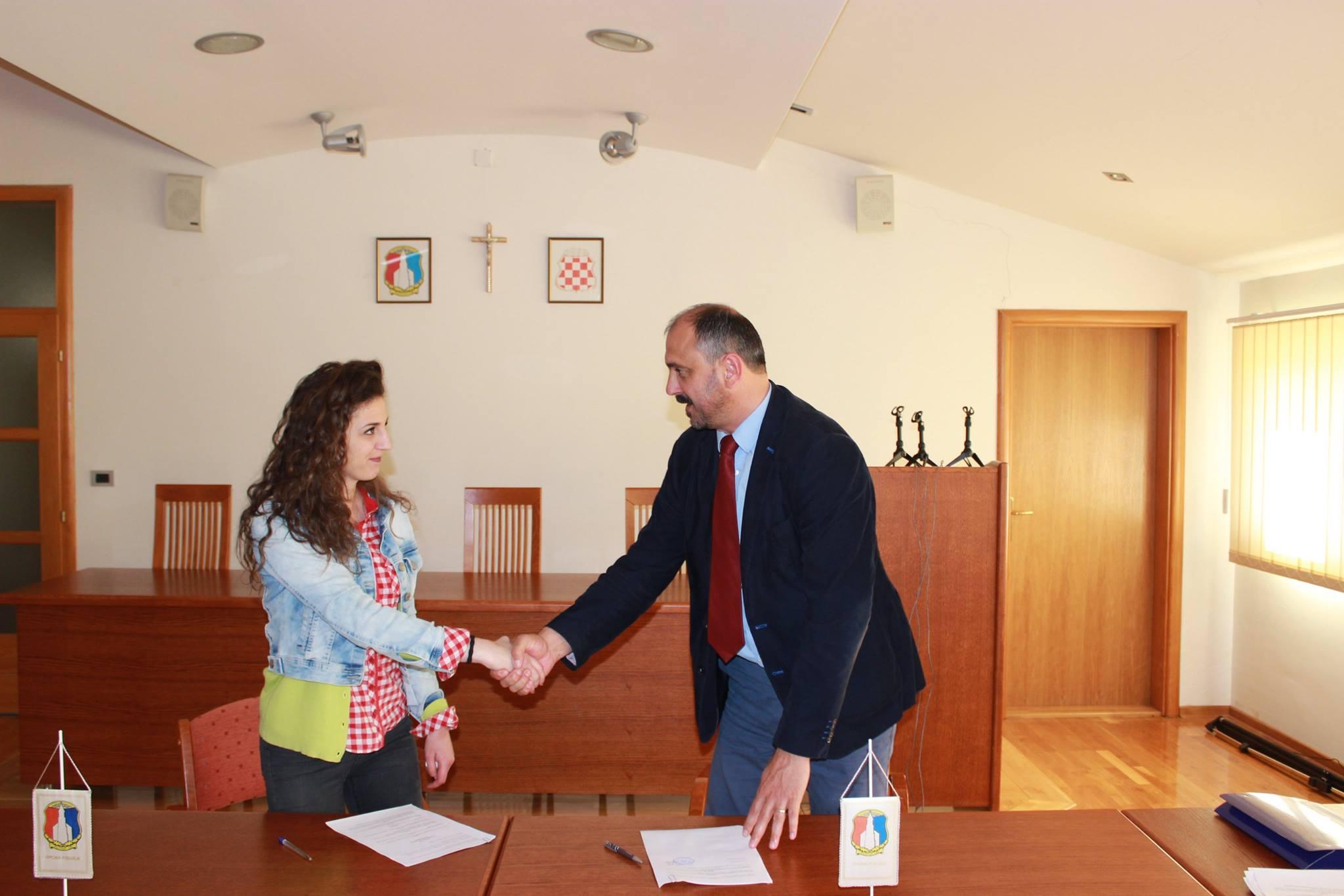 Potpisani ugovori sa stipendistima