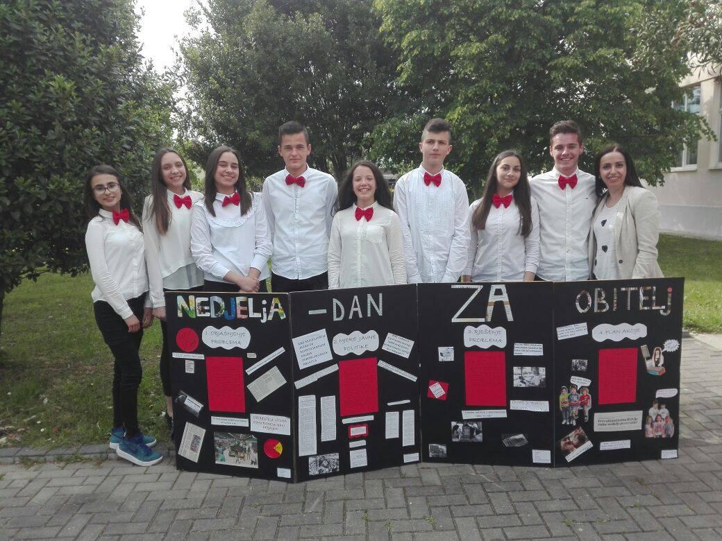 Učenici OŠ Ivana Mažuranića i Srednje strukovne škole Posušje županijski pobjednici CIVITASA