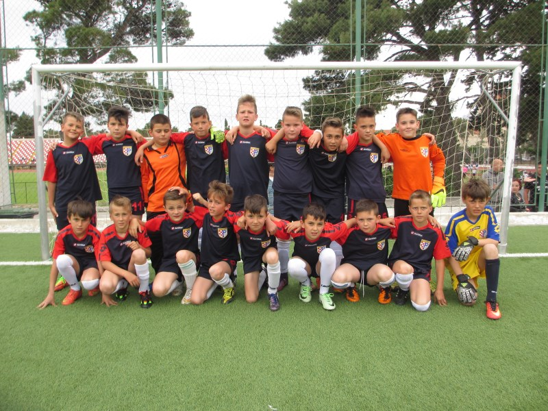 FOTO: Mlađa kategorija HŠK Posušje (U-10) nastupila na turniru u Makarskoj