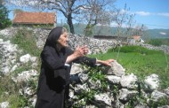 BATIN: I u 95.godini baka Iva kopa u vrt, moli se Gospi i živi zdravo
