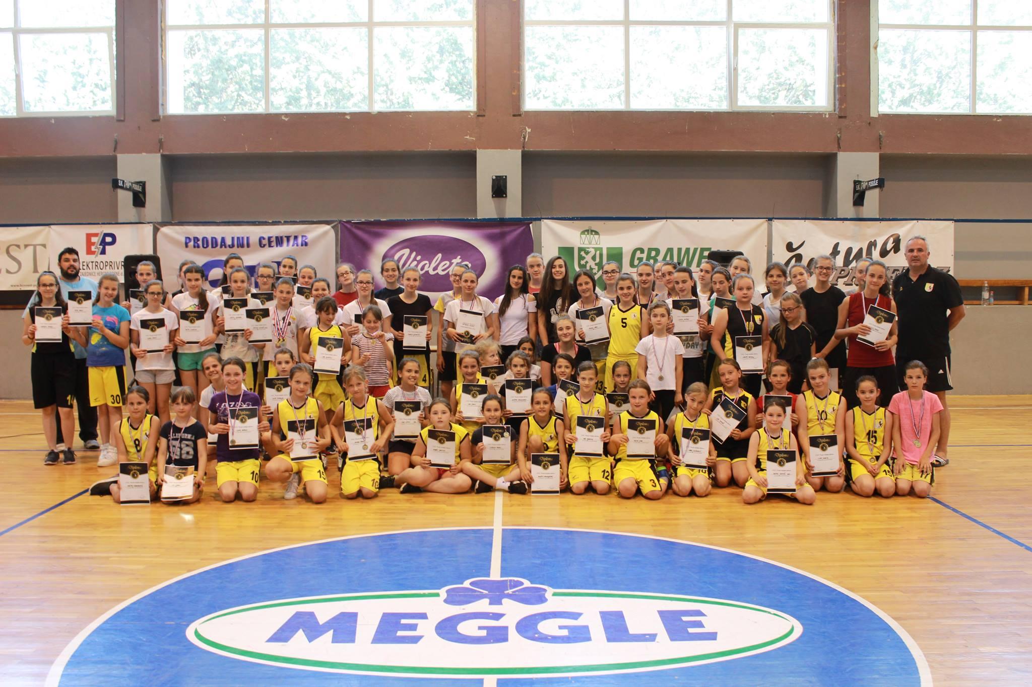 ŽKK POSUŠJE: Završni dan škole košarke