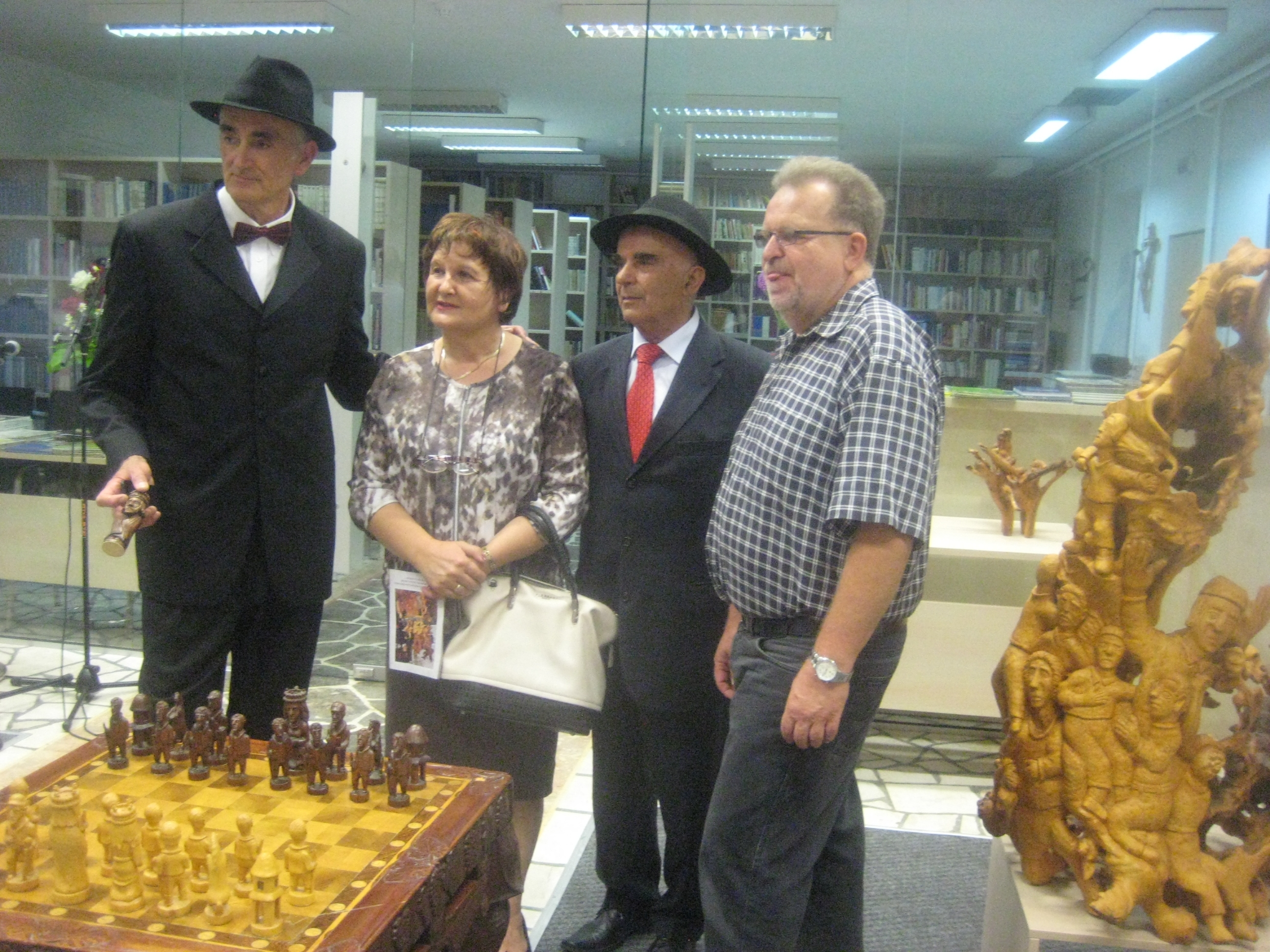 ŠIROKI BRIJEG: Izložba  skulptura Ljube Mihalja Skokića