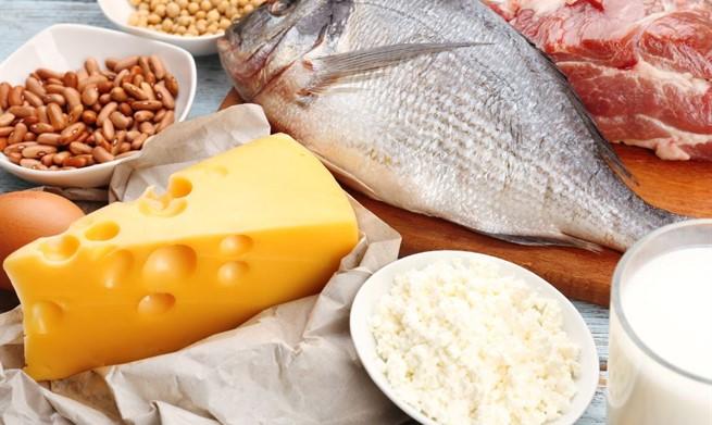 Ljeto nam donosi rizik od trovanja hranom, pazite na pripremu i kupnju
