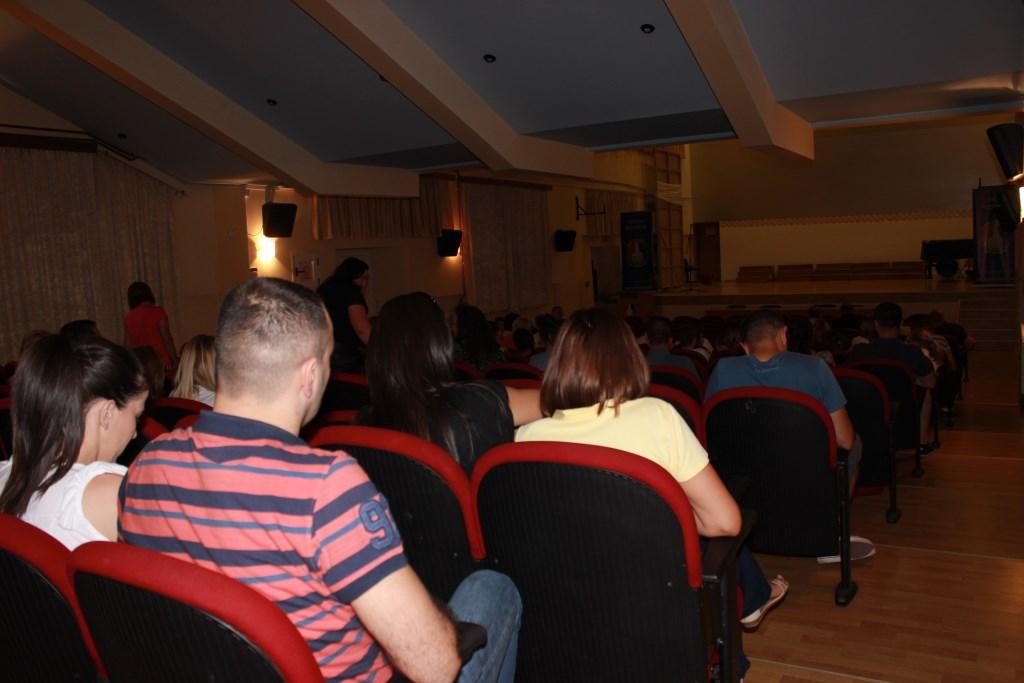 U Posušju prikazan film Bijeli put, slijedi veliki koncert Parnog valjka
