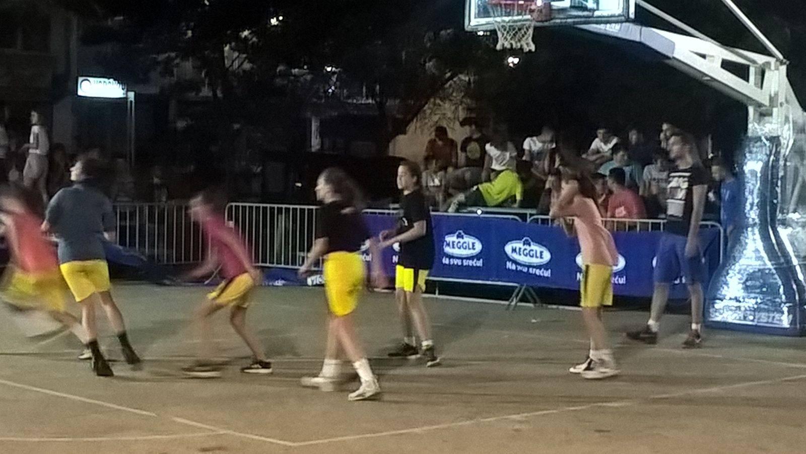 Završena prva večer Streetballa