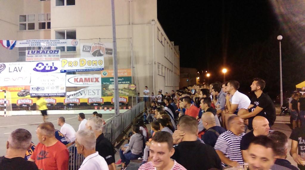 Više od tisuću gledatelja uživalo u derbijima večeri koji su pripali Meljakuši i Čitluku