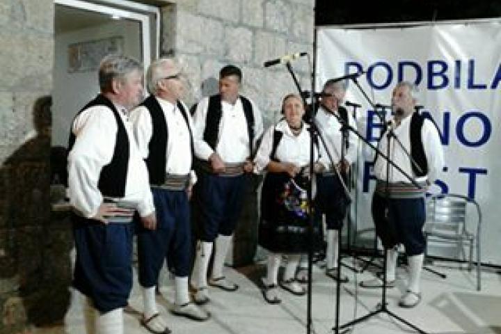Održan 5. Etnofest u Podbiloj