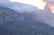 Izbio požar južno od Makarske: Zatvorena i Jadranska magistrala