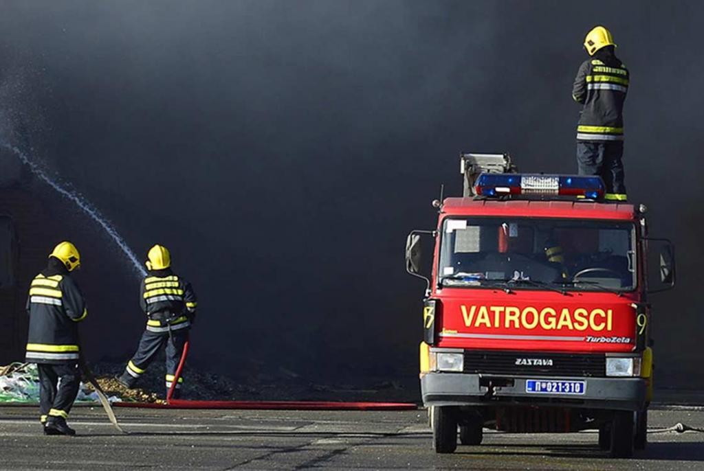 I Hercegovinom haraju požari, traži se pomoć helikoptera