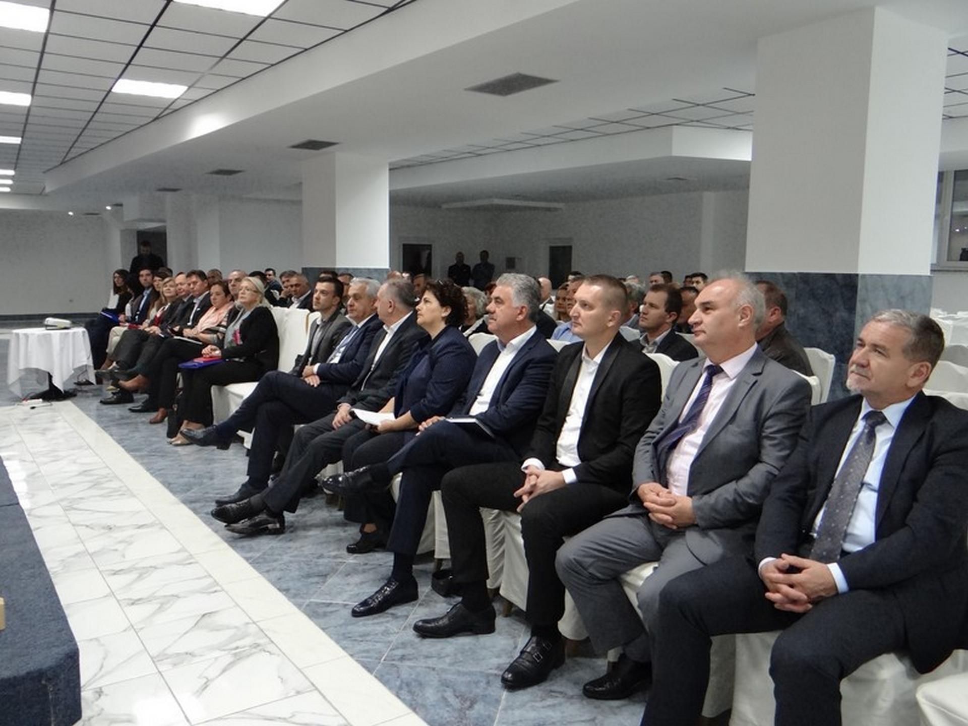 Stanje u BiH nije dobro, pokreću se mjere za napredak k EU i NATO