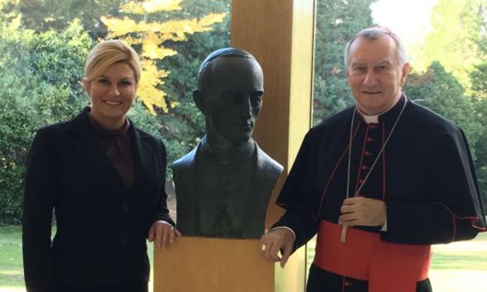 Predsjednica Hrvatske i državni tajnik Vatikana zabrinuti zbog položaja Hrvata u BiH