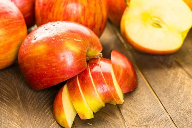 Savjet znanstvenika: Evo kako isprati pesticide s voća