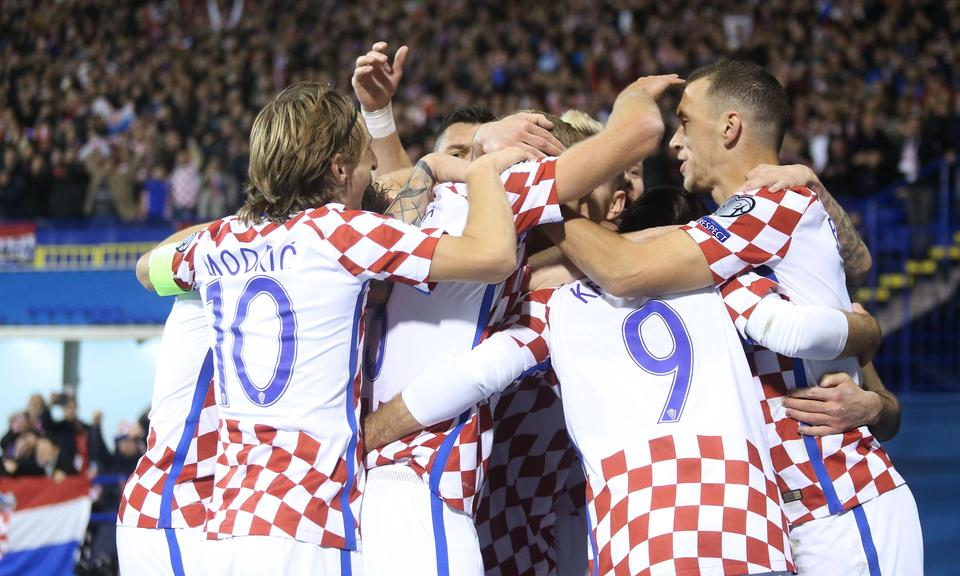 KULT JE PONOVNO TU: Hrvatska potopila Grke na rasprodanom Maksimiru!