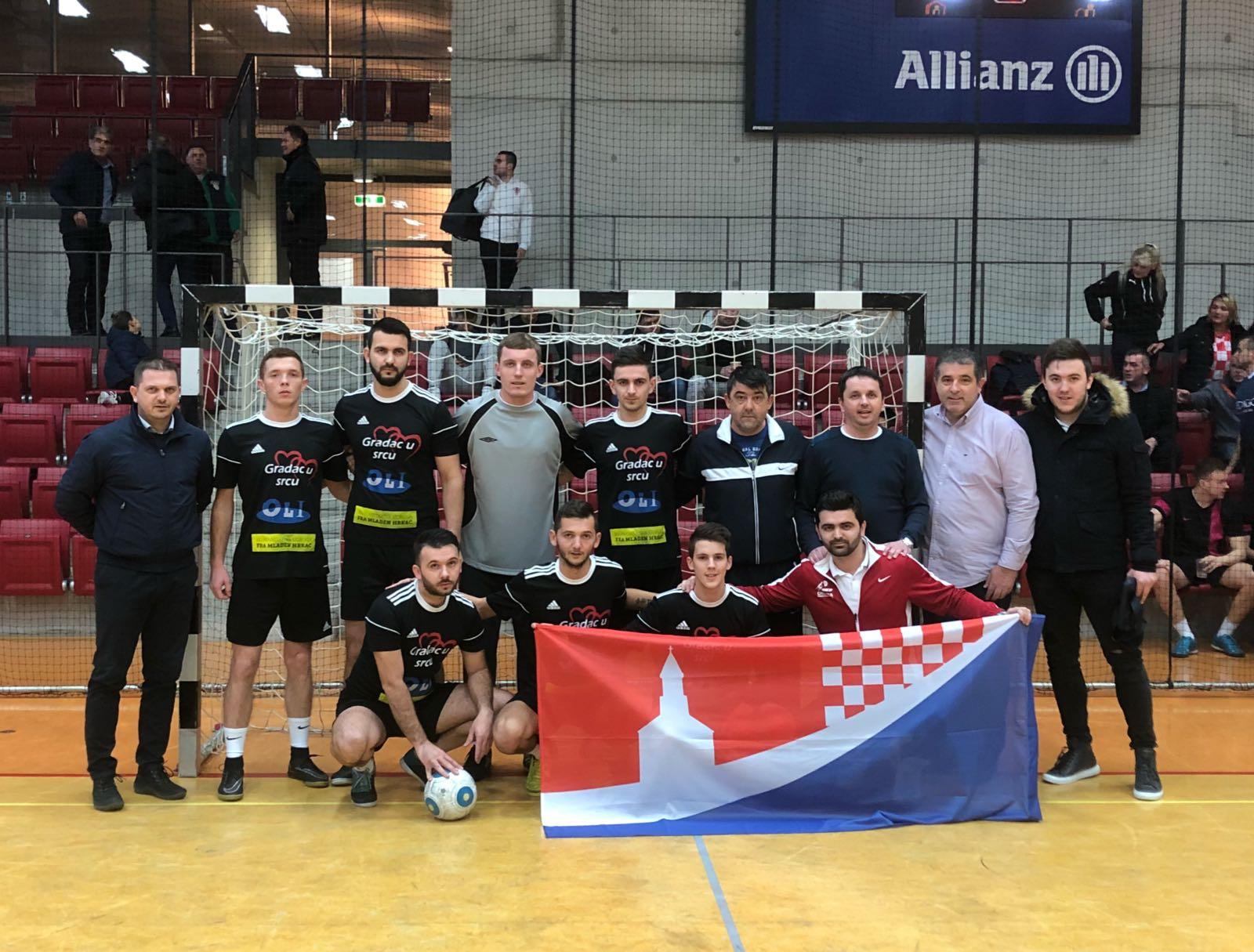 Ekipe Posuški Gradac i SS Bagušić – CB Tropicana na malonogometnom turniru u Stuttgartu