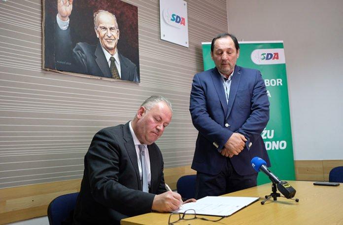 Član Predsjedništva HDZ-a 1990 prešao u SDA