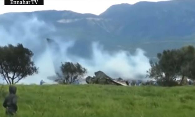 Srušio se vojni avion u Alžiru, najmanje 247 mrtvih, objavljene snimke s mjesta tragedije
