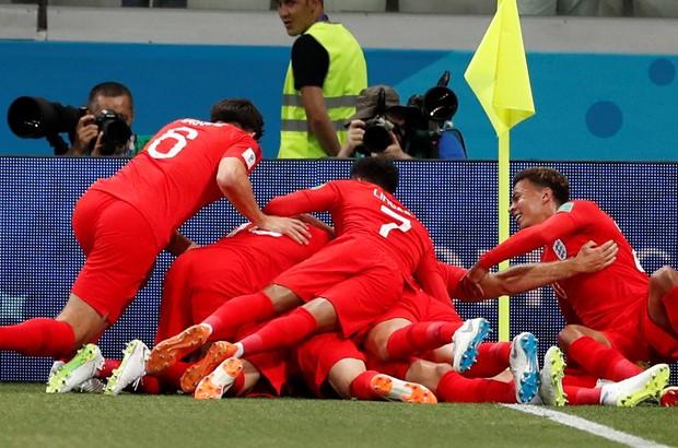 Engleska slavi junaka Kanea
