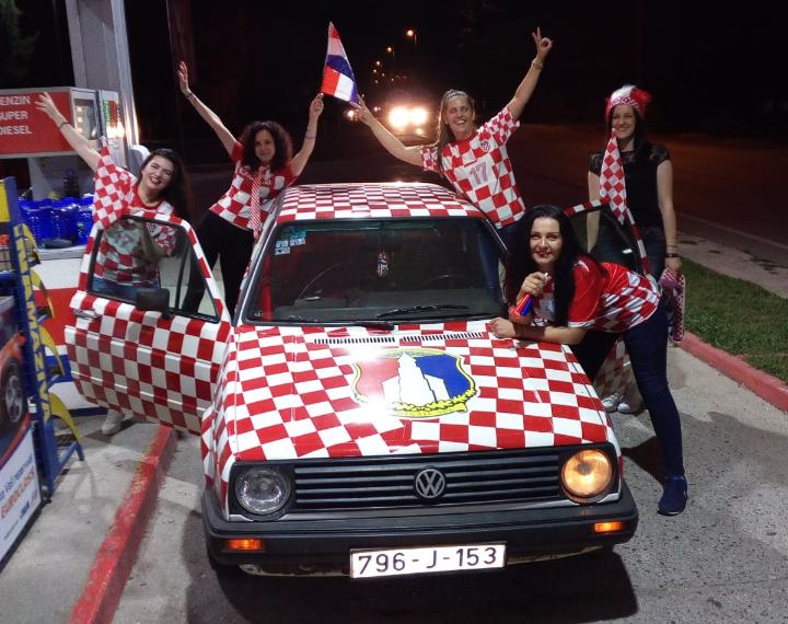 Pobjeda Hrvatske proslavljana na ulicama Posušja, Mostara, Širokog  Brijega…