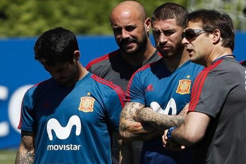 Drama na SP-u: Španjolski izbornik dobio otkaz jer je potpisao za Real, izbila pobuna igrača