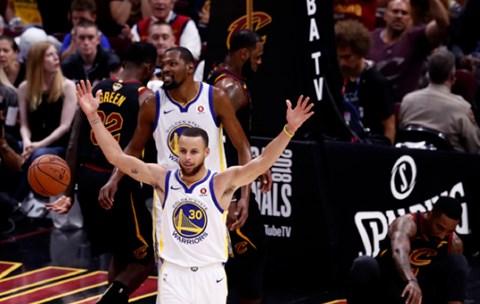 Golden State obranio NBA naslov: Warriorsi pomeli Cavse