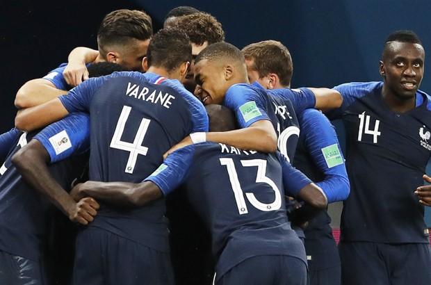 Ponovila se '98 – branič odveo Francuze u finale Svjetskog prvenstva!