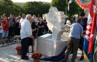 Otkriven spomenik poginulim Širićima i Knezovićima
