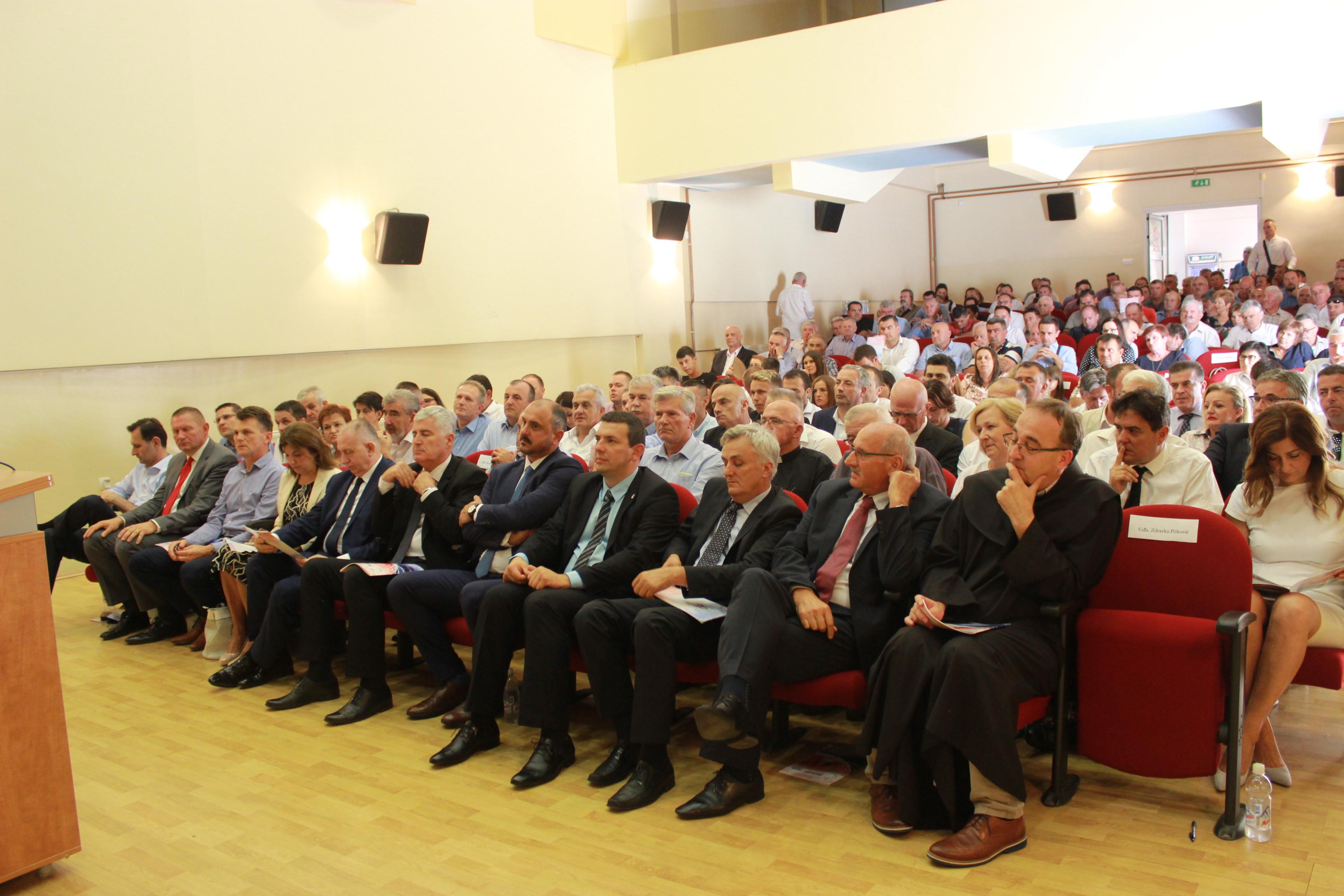 POSUŠJE: Svečanom sjednicom Općinskog vijeća obilježen nadolazeći dan općine Posušje