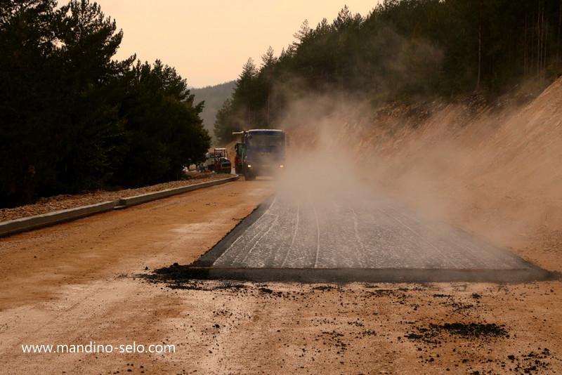 Započelo asfaltiranje ceste prema Blidinju