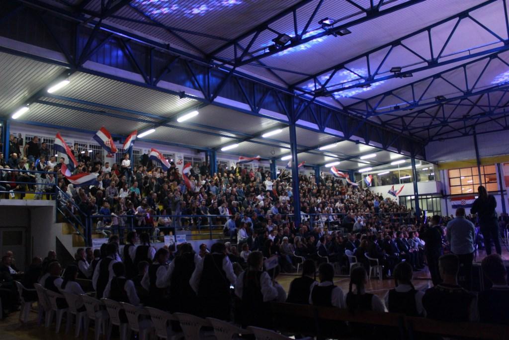 Istraživanja: Čović uvjerljivo vodi kod Hrvata s povjerenjem od 75 posto