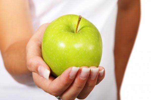 Svaki sam dan prije spavanja pojela jednu jabuku i evo što se promijenilo