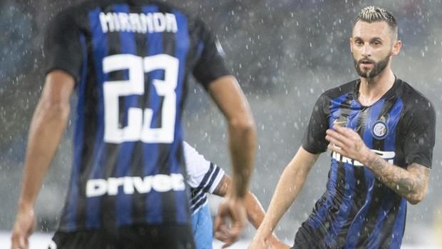 LIGA PRVAKA: Zvezda srušila Liverpool, Inter i Barca remizirali