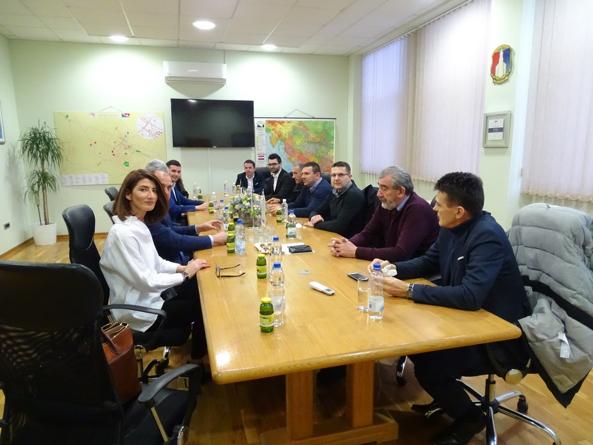 Predsjednik HDZ-a BiH i HNS-a dr. Dragan Čović posjetio Posušje