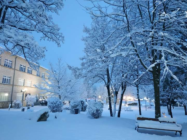 Snijeg zabijelio Posušje i Hercegovinu