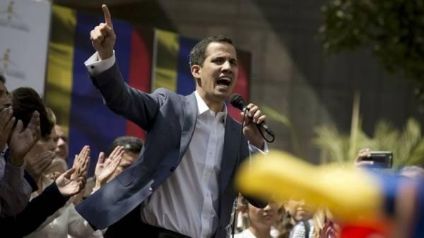 Veliki preokret u Venezueli: Diktatora Madura ruši 35-godišnji Guaidó