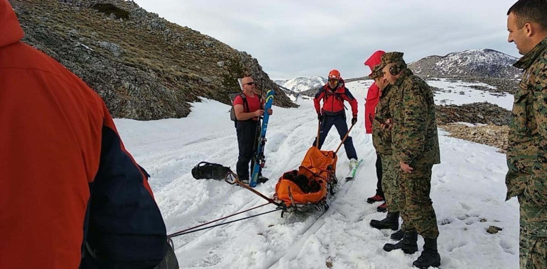 Kako je 15 spasioca izvuklo vojnika s vrha Hercegovine