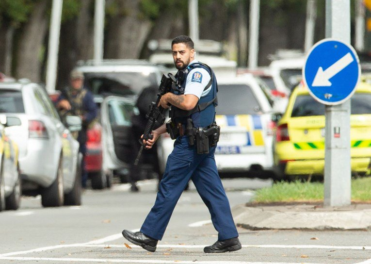 Pokolj na Novom Zelandu: Ubijeno najmanje 49 ljudi, cure novi detalji