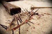 Katolici obilježavaju danas Veliki petak: čita se muka, ljubi križ…